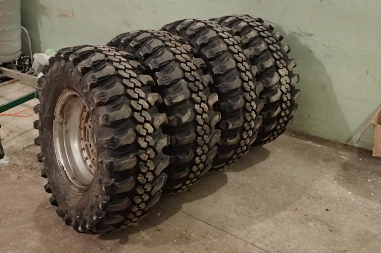 CST C888 Cheng Shin Tires